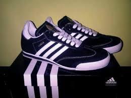 Sepatu Adidas Kets sepatu berlabel adidas fitriachan21