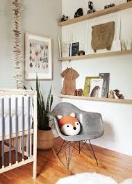 theme de chambre une chambre de bébé sur le thème de la forêt aux couleurs douces