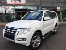 used mitsubishi pajero cars france