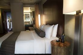 Two Bedroom Hotel Suites In Chicago Rooms And Suites At Dana Hotel In Chicago Illinois