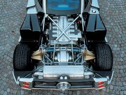 mercedes v 12 engine differences in zonda engine to it sound so different