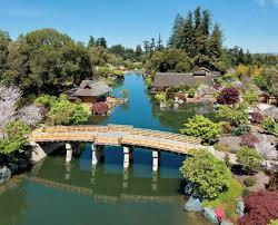 colorado u s japanese gardens amazon com quiet beauty the japanese gardens of north america