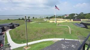 Moultrie Flag Fort Sumter And Fort Moultrie In Charleston South Carolina Youtube