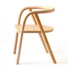 chaise enfant bois cette très chaise en bois pour enfant créée par