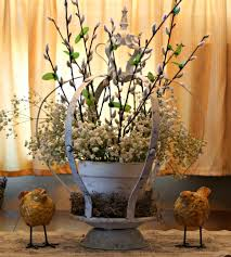 marvinsdaughters royal spring centerpiece