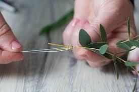 How To Make A Corsage Wristlet Diy Flower Wrist Corsage The Bijou Bride