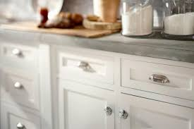 Cabinet Door Knob Location - Glass kitchen cabinet pulls