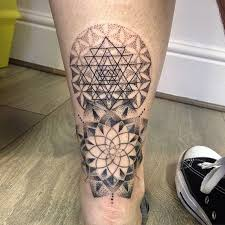 mer enn 25 bra ideer om flower of life tattoo på pinterest