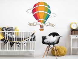 heißluftballon kinderzimmer kinderzimmer wandtattoo mit heißluftballon und banner i