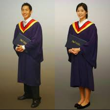 graduation gown rental nyp graduation gown rental unisex l everything else others on