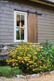 best 25 farmhouse landscaping ideas on pinterest farmhouse