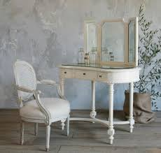 Bedroom Furniture White Wood by Teenage White Wooden Make Up Table And White Leather Upholstered