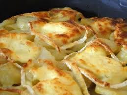 cuisiner des andouillettes gratin de pomme de terre andouillette chaource aurélie cuisine