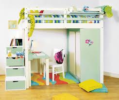 photo chambre enfant chambre d enfant ludique et fonctionnelle maximiser l espace de