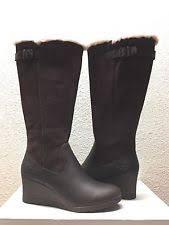 ugg renatta sale ugg australia womens renatta stout leather wedge boots