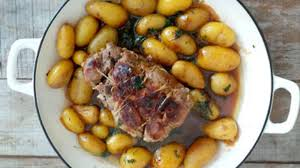 cuisine roti de porc en cocotte rôti de porc sauce soja et ses pommes de terre grenailles en cocotte