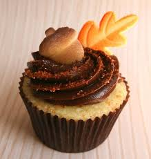 12 thanksgiving leaves cupcakes photo fall leaves cupcake