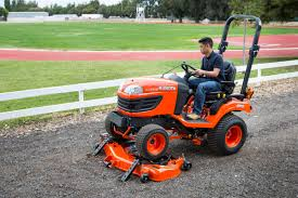 attaching and removing kubota u0027s easy over mower deck townline