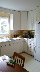 1980s kitchen budget friendly grey gold pink kitchen makeover dans le lakehouse