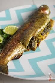 cuisiner de la truite truites farcies aux herbes et citron vert lolibox recettes de