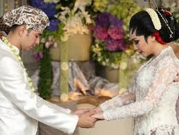 wedding dress nagita slavina maximizers surabaya on familyraffiah17 pengantin