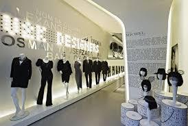 Modern Store Interior In Paris Retail  Shop Pinterest Store - Modern boutique interior design