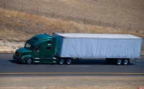 volvo trailer volvo with dry van trailer fotos de volvo with dry van trailer