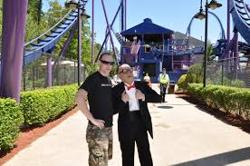 Jackson New Jersey Weather Six Flags Six Flags Great Adventure Bizarro Opening Day Theme Park Review