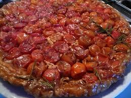 cuisiner les tomates cerises recette de tarte tatin de tomates cerises la recette facile