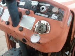 b7100 with a slight mechanical issue orangetractortalks