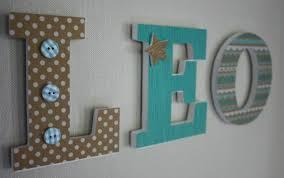 deco bebe design prénom personnalisé lettre en bois léo layette project ideas