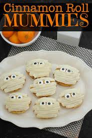 cinnamon roll mummies halloween treat recipe this mama loves