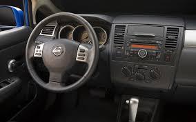 nissan versa note 2013 2012 nissan versa hatchback review amarz auto