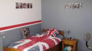 voir peinture pour chambre ado murale peinture ensemble architecture et gris idee tendance lit
