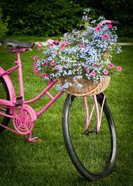 Front Yard Decor Front Yard Decor Stock Image Image Of Outdoors Pink 21713213