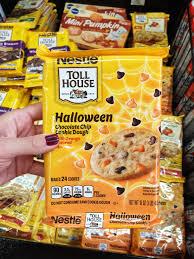 365 designs make personalized halloween chalkboard treat bags