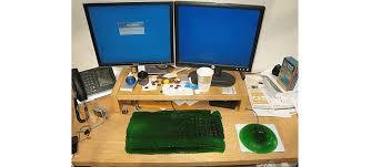 blague au bureau 10 blagues de bureau hilarantes à faire à vos collègues wix com