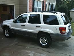 2000 gold jeep grand cherokee 2000 jeep grand cherokee laredo 4x4 f s new engine the hull
