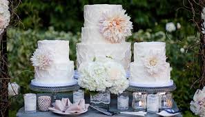 wedding cake shop sweet and saucy custom desserts of simply radiant events