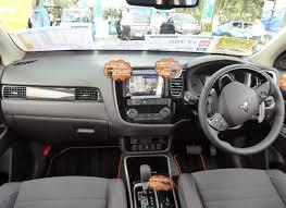 mitsubishi outlander 2015 interior file mitsubishi outlander active gear dba gf8w xtxxz interior