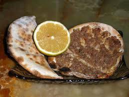 cuisine libanaise recette recette de pizza à la viande façon libanaise