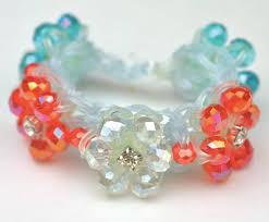 bracelet looms images Rubber band looming gem flower bracelet quarto knows blog jpg