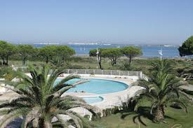 chambre d hote port camargue l escale plage port camargue location vacances à le grau du roi