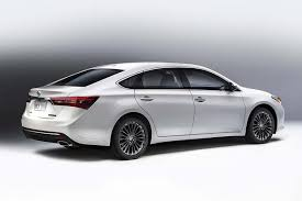 what is a toyota camry 2016 toyota camry vs 2016 toyota avalon what s the difference