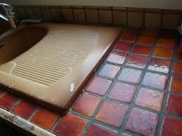 comment repeindre un plan de travail de cuisine comment repeindre meuble de cuisine beautiful la peinture pour