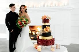 wedding cake bakery near me enticing icing