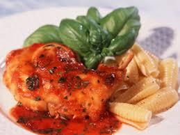 cuisiner le lapin en sauce lapin à la provençale facile et pas cher recette sur cuisine actuelle