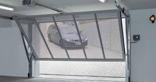 puertas de cocheras automaticas beneficios de las puertas de garaje autom磧ticas luvematic