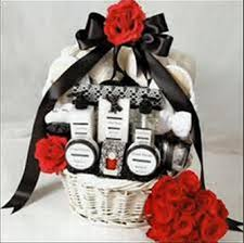 wedding gift baskets wedding gift baskets great gift basket ideas for your wedding