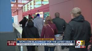 best buy black friday weekend deals best buy shoppers turn out on thanksgiving to snatch up good deals